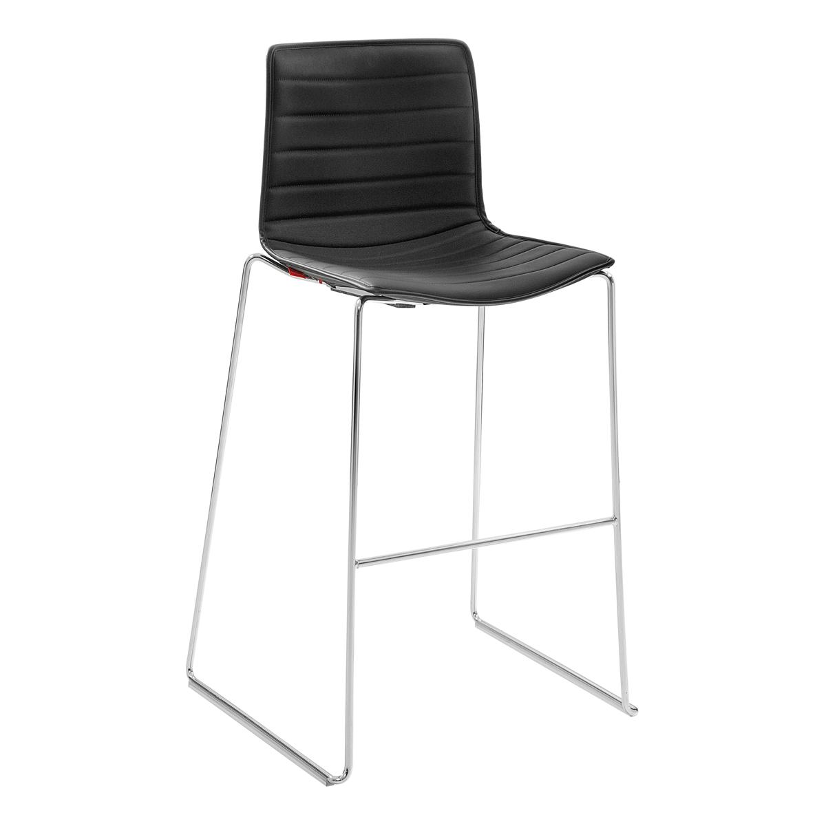 catifa 46 leder schwarz mietm bel katalog. Black Bedroom Furniture Sets. Home Design Ideas